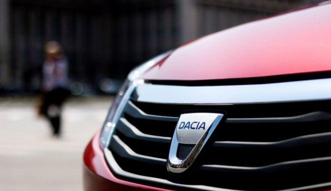 Foto: Sute de autoturisme Dacia, rechemate în service. Ce probleme au