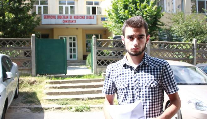 Foto: UPDATE -  Turist bătut măr în sediul Poliţiei Costineşti