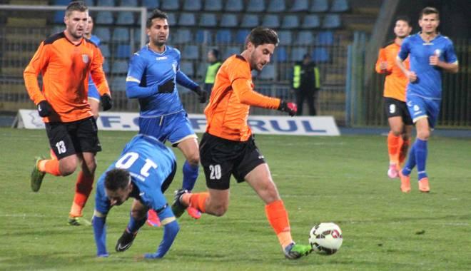 Galerie foto. FC Farul, înfrângere categorică cu Dunărea Călărași. Iată scorul - img7388-1449263470.jpg