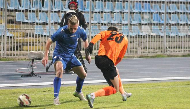 Galerie foto. FC Farul, înfrângere categorică cu Dunărea Călărași. Iată scorul - img7391-1449263476.jpg