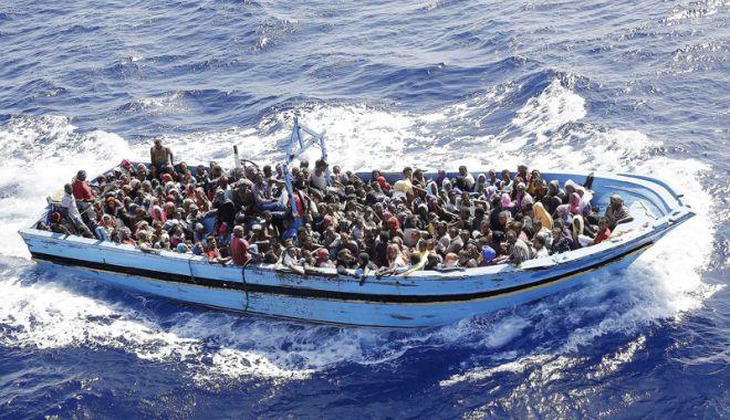 Foto: 156 de migranţi, interceptaţi în timp ce încercau să ajungă  în Europa