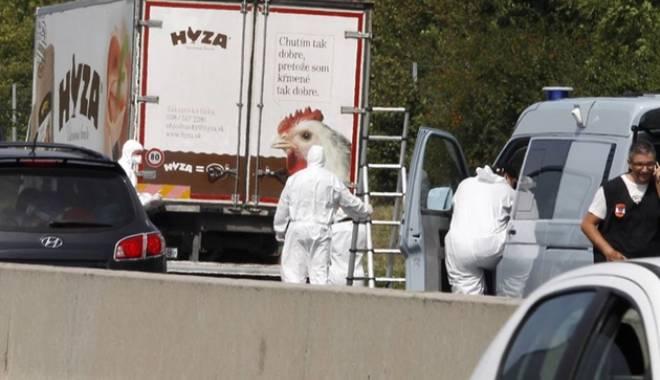 Foto: Peste 70 de imigranți morți, în camionul descoperit pe o autostradă din Austria