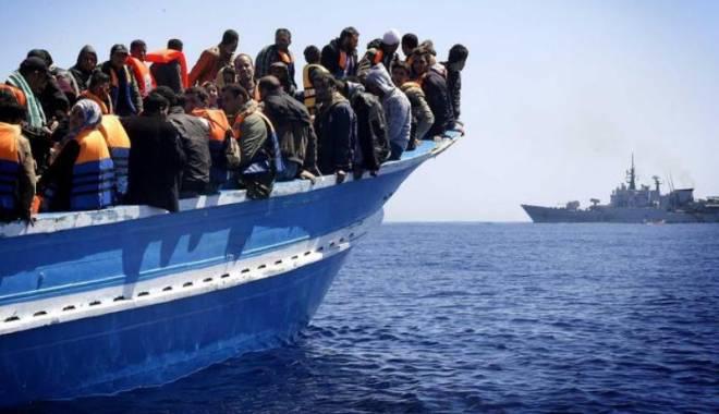 Foto: Cel puțin 11 migranți, printre care cinci copii, înecați într-un naufragiu