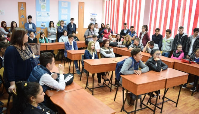 """Foto: Importante premii pentru colegiile """"Kemal Ataturk"""" şi """"Carol I"""""""