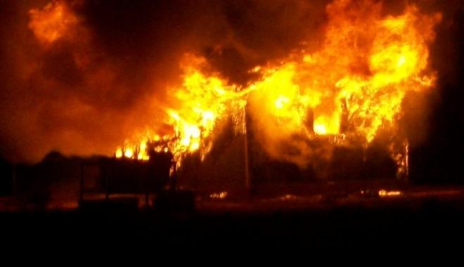 Foto: UPDATE / TRAGEDIE  / Trei copii cu vârste până în 2 ani au murit într-un incendiu