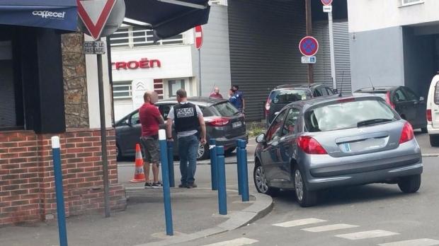 Foto: Atac cu cocktail molotov într-un restaurant românesc din Franţa. Trei victime!