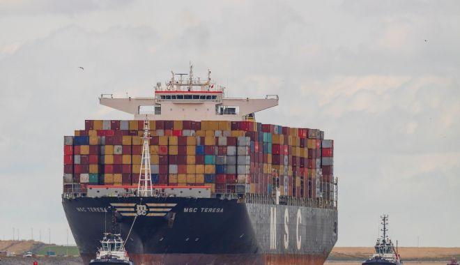 Incendiu pe un portcontainer în Canalul Mânecii - incendiupeunportcontainerincanal-1623951388.jpg
