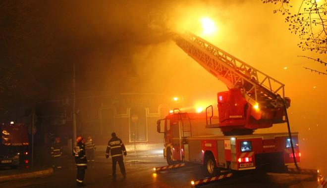 """INCENDIUL DE LA """"BEIRUT"""" / Dosarul mor�ii celor trei fete, preluat de Parchetul General - incendiurestaurantbeirutbulevard-1396872417.jpg"""