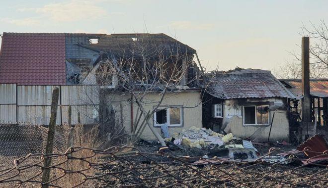 Apel umanitar. O familie cu cinci copii are nevoie de ajutor, după ce  i-a ars casa - incendiusiminoc2-1610900698.jpg
