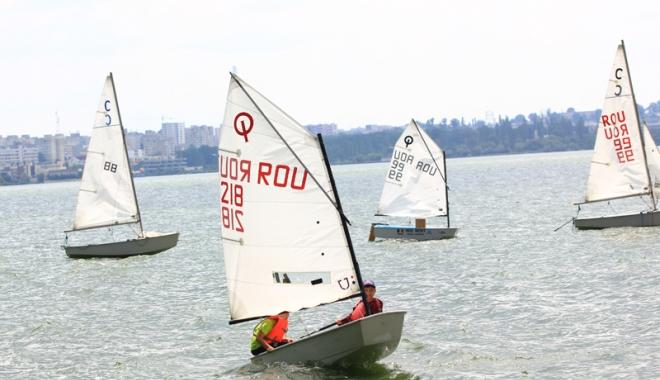 Foto: Încep competiţiile de yachting! 28 de întreceri pe apă în 2017