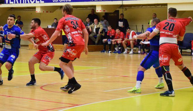 Foto: Începe o nouă ediţie a Ligii Naţionale! HC Dobrogea Sud înfruntă pe Dinamo