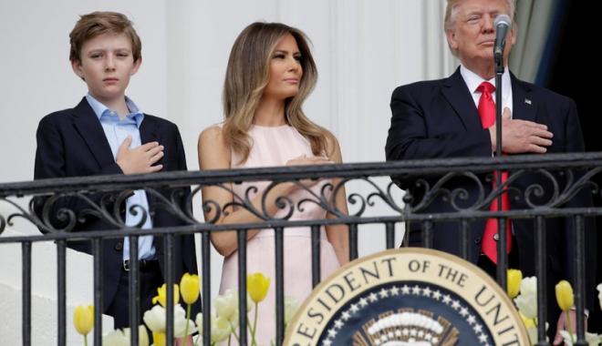 Foto: Incident viral: Ghiontul de Paşti  al Melaniei pentru Donald Trump