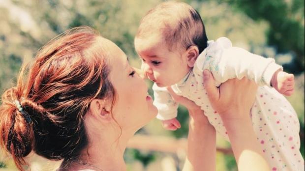 Foto: Zi importantă pentru persoanele aflate în concediu maternal!