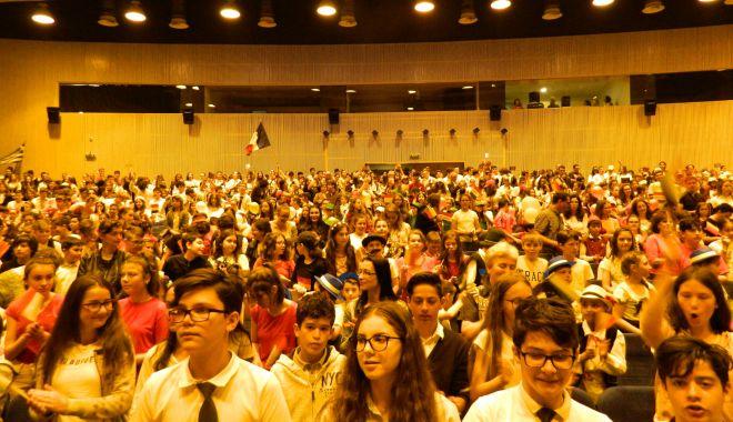 Foto: Cum au sărbătorit elevii din Constanţa Independența României