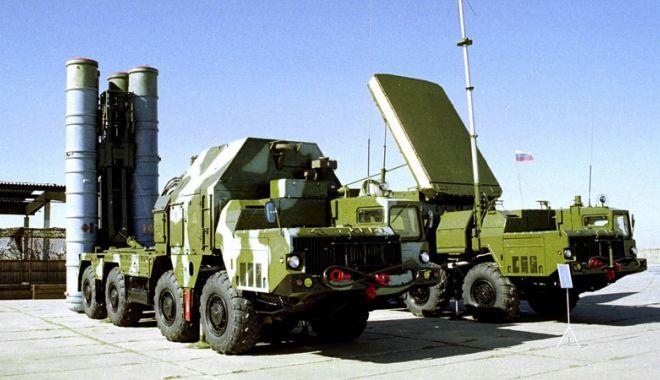 Foto: India ar putea fi supusă sancţiunilor dacă va achiziţiona armament rusesc
