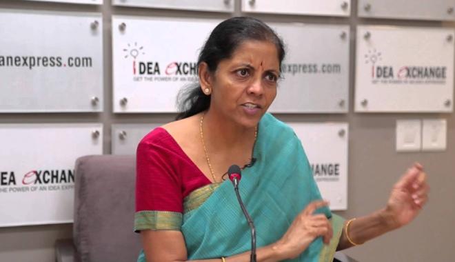 Foto: India numeşte prima femeie  în postul de ministru al Apărării