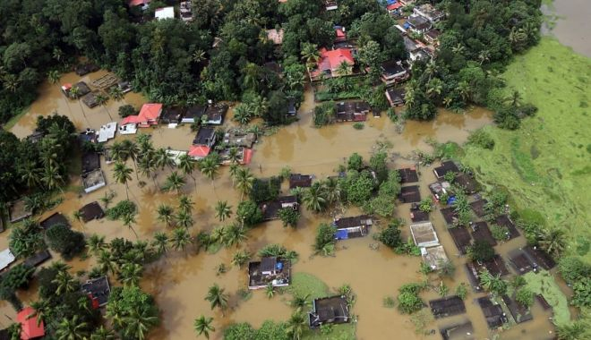 Foto: Inundaţii TERIBILE! Bilanţul a ajuns la 50 de morţi