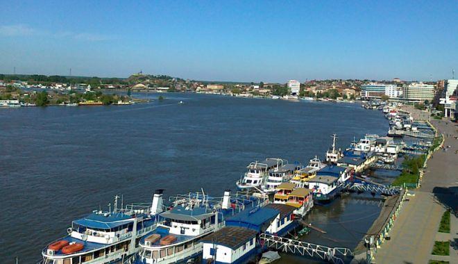 Foto: Industria portuară s-a reunit la Simpozionul Dunărea de Jos