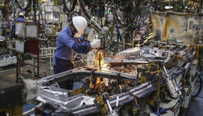 Industria prelucrătoare și-a luat avânt - industriaprelucratoaresialuatava-1621152131.jpg