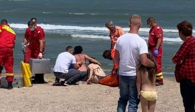 Foto: Week-end negru, pe litoral. Doi bărbați morți și o femeie în stare critică, după ce s-au aventurat în valuri