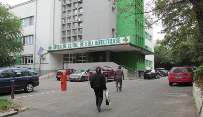 Foto: Peste 40 de afecţiuni respiratorii la Spitalul de Boli Infecţioase