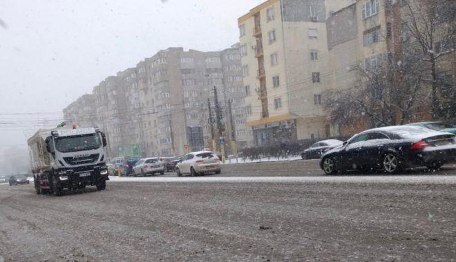Foto: Informare meteo de vreme rea, la Constanţa
