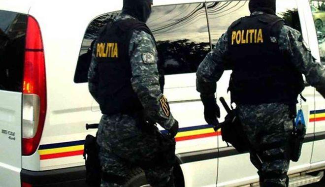 Foto: Polițiștii, în acțiune: 79 de mandate de percheziție într-un dosar de evaziune fiscală