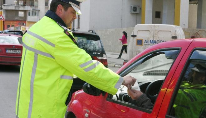 Foto: Infracţiuni rutiere,  la ordinea zilei