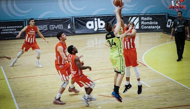 Foto: Înfrângere pentru BC Athletic Constanţa, în deulul cu CSM Phoenix Galaţi