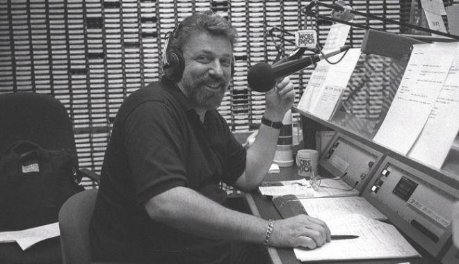 Foto: Moarte stupidă a unuia dintre cei mai cunoscuţi DJ. Acesta şi-a pierdut viaţa chiar în timpul mesei
