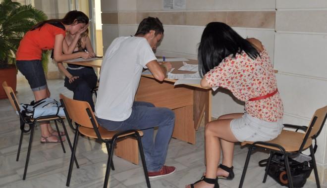 Foto: La ce facultăţi din Constanţa au mai rămas locuri fără taxă
