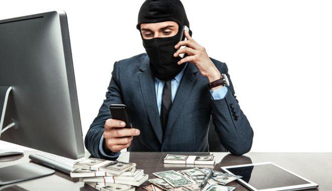 O bătrână i-a trimis peste 11.000 de euro unui bărbat cunoscut pe internet - inselatorietelefonmetodapremiul-1542807034.jpg