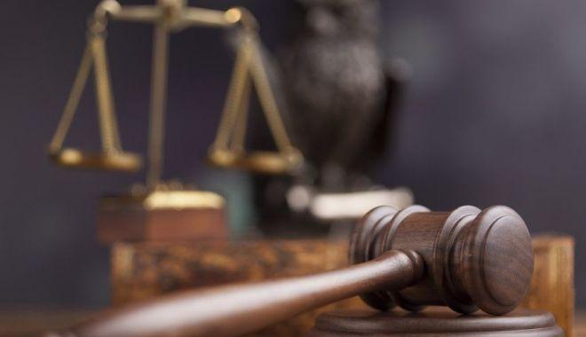 Foto: Proces controversat în Egipt. 75 de condamnați la moarte