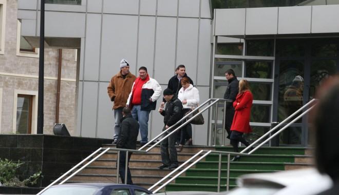 Foto: Fraţii Vasea au voie, oricând, să părăsească ţara!