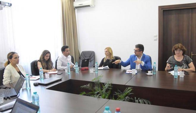 Foto: Edilul Decebal Făgădău, întâlnire cu specialiști ai Băncii Mondiale