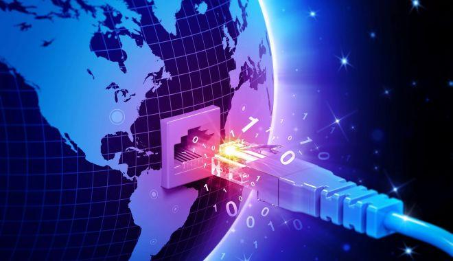 Site-urile mai multor bănci și companii aeriene internaționale au picat, în dimineața aceasta