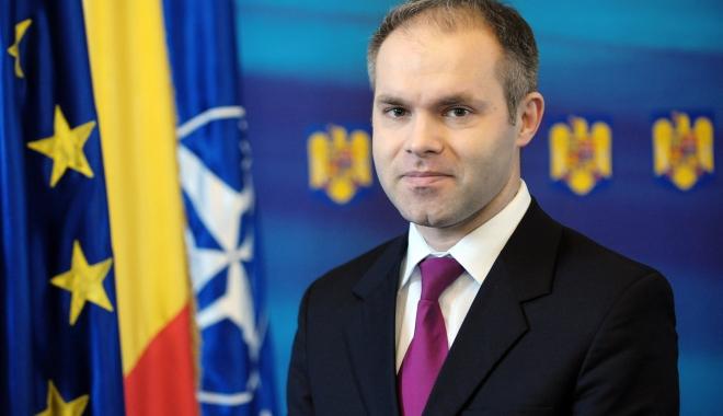 Foto: Fostul ministru al Educaţiei Daniel Funeriu, audiat la DNA