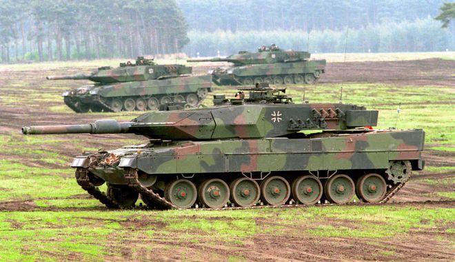 Într-o unitate de tancuri... - intro-1617886858.jpg