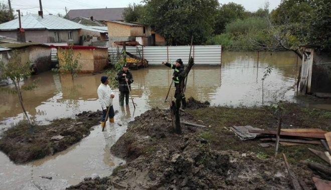 Cod galben de inundații pe râurile mici din jumătatea de nord a județului Constanța - inundatii-1593961998.jpg