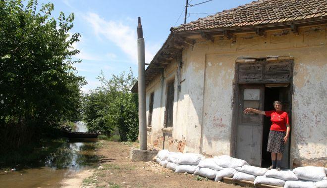Avertizare de la hidrologi. Pericol mare de inundaţii pe râurile din judeţul Constanţa - inundatii-1624263627.jpg