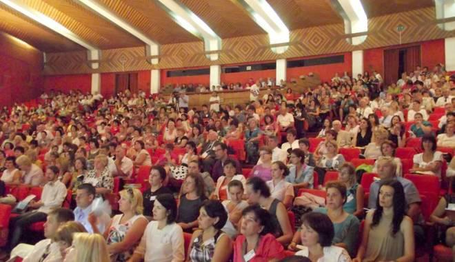 Foto: Învățătorii și-au dat adunarea la Eforie Sud