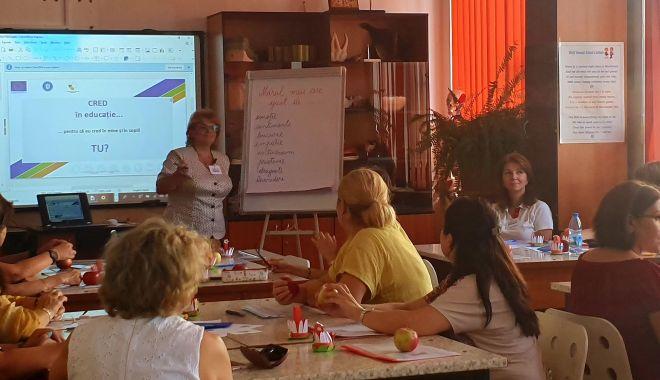Învățătorii și profesorii constănțeni, la cursuri de perfecționare - invatatoriisiprofesorii-1567539085.jpg