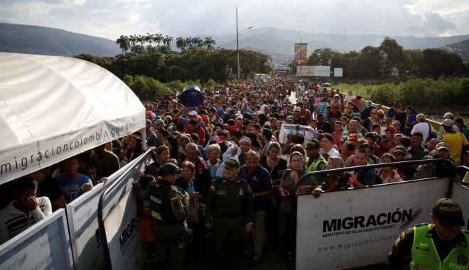 Foto: În Venezuela, militarii blochează un ajutor umanitar. Maduro: Nu vrem pomană