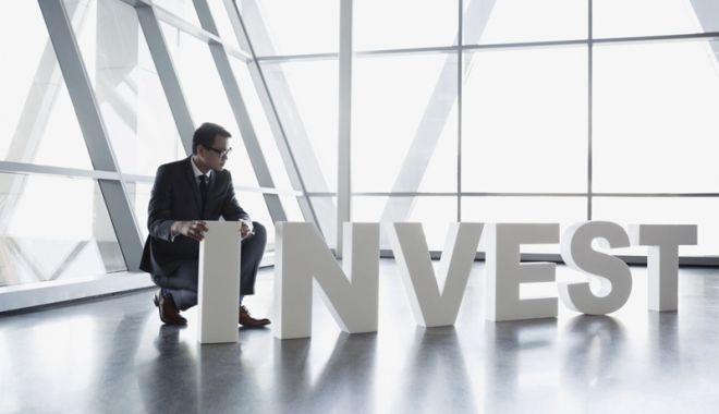 Foto: Investițiile străine au scăzut cu 3,1%