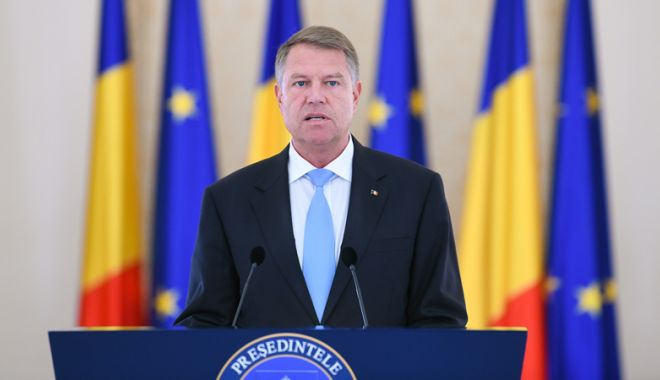 """Foto: """"Preluarea preşedinţiei Consiliului UE reprezintă un moment care va rămâne în istoria României"""""""