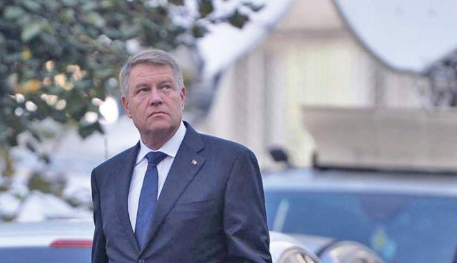 Foto: Klaus Iohannis şi-a devansat vizita în Franţa, pentru a participa la şedinţa solemnă a Parlamentului