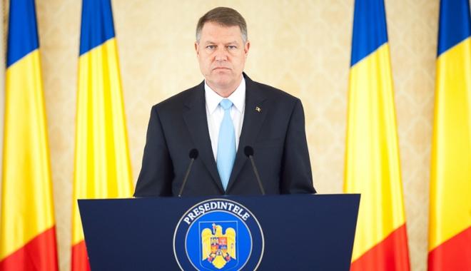 Foto: Klaus Iohannis așteaptă partidele la consultări pentru stabilirea unui nou Guvern