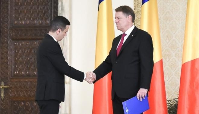 Foto: Klaus Iohannis, după întâlnirea cu premierul Grindeanu: Sunt îngrijorat, se prevăd cheltuieli prea mari în buget