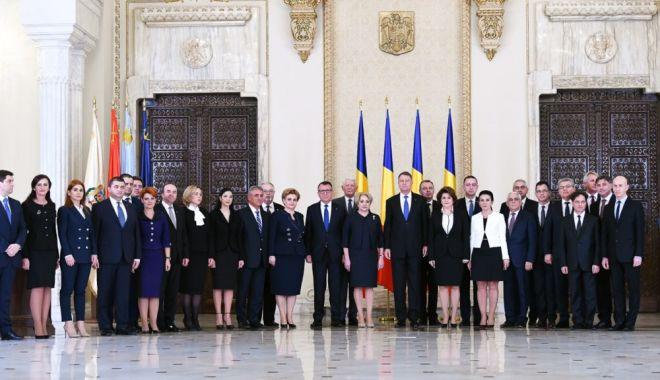 Foto: Klaus Iohannis, declarații de presă la ora 13,00