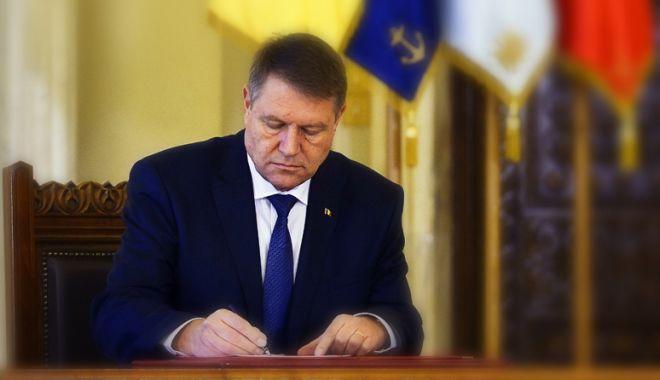 Foto: Iohannis a promulgat legea. Paşapoartele electronice, valabile 10 ani